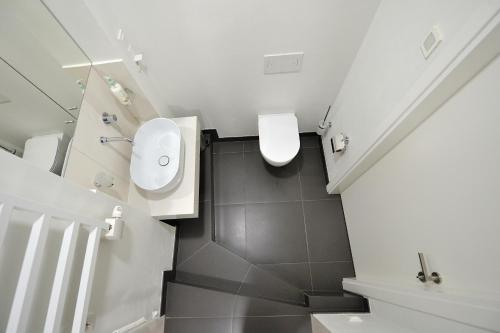 Fashion one bedroom apartment in City Centre