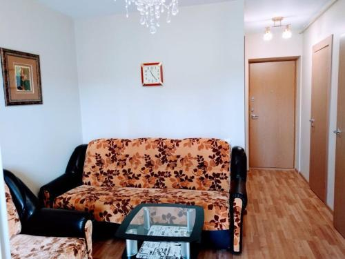 Scandi Amber Studio Apartment with Forest View balcony in Palanga