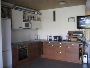 Aare Accommodation